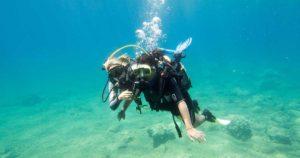 Mergulho de batismo ou curso de mergulho