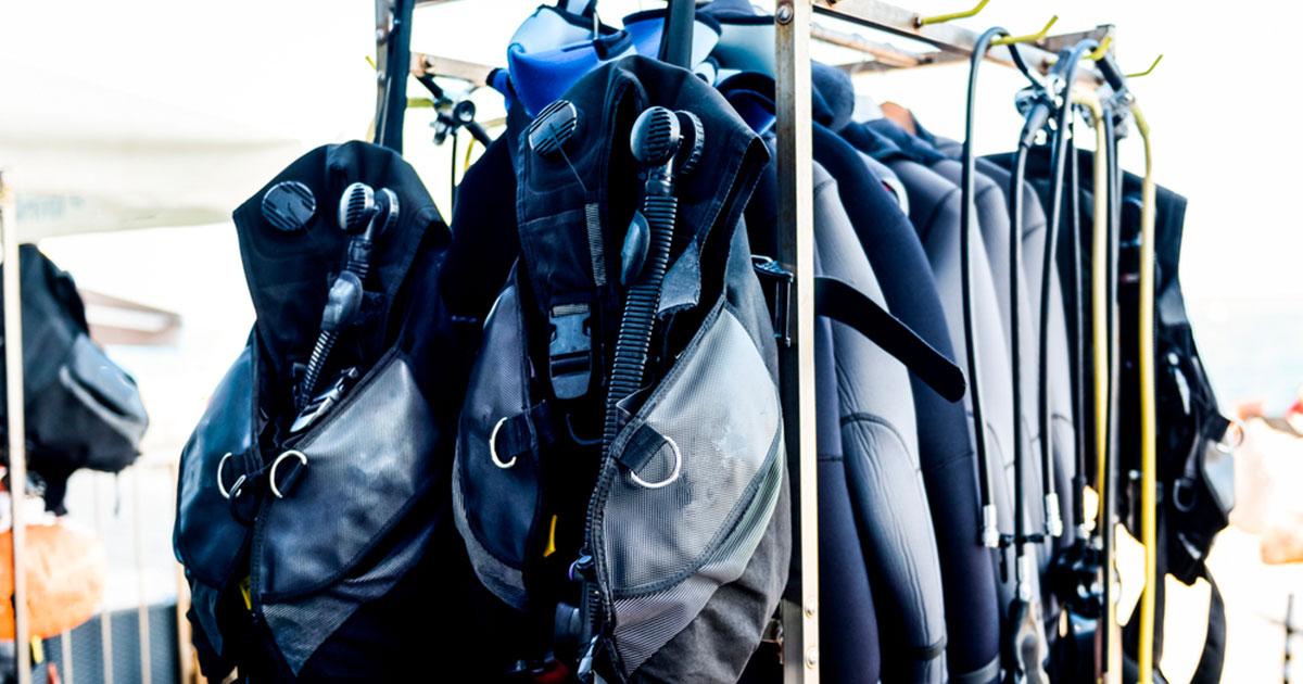 Conheça o equipamento de mergulho completo