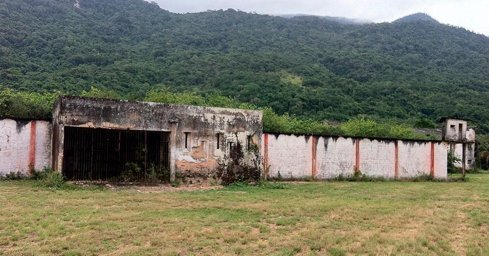 Presídio Candido Mendes - Trilhas em Ilha Grande