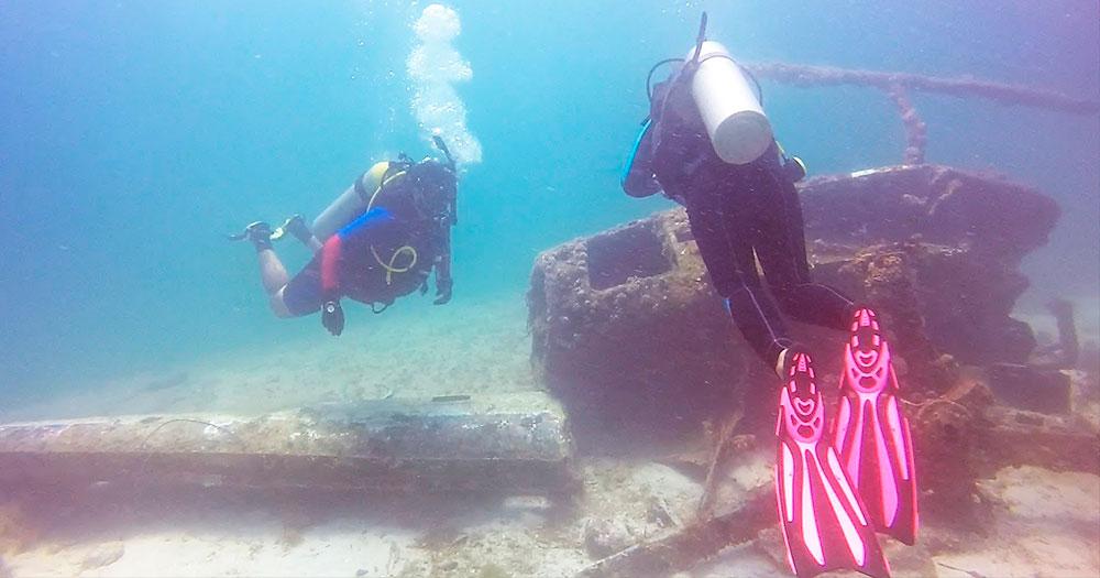 Helicóptero naufragado é um dos principais pontos de mergulho em Ilha Grande