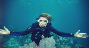 Conheça os principais biólogos marinhos que foram mergulhadores, como Sylvia Earle